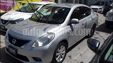 Foto venta Auto usado Nissan Versa Exclusive Aut  (2014) color Plata