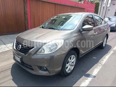 Nissan Versa Exclusive Aut usado (2013) color Bronce precio $88,000