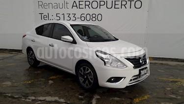 Foto venta Auto usado Nissan Versa Exclusive Aut (2017) color Blanco precio $190,000