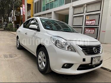 Nissan Versa Exclusive Aut usado (2013) color Blanco precio $115,000