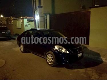 Foto venta Auto Seminuevo Nissan Versa Exclusive Aut (2013) color Azul precio $129,995