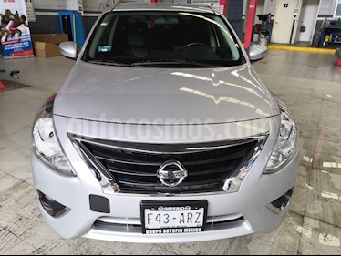 Nissan Versa Exclusive Aut usado (2018) color Plata precio $210,000