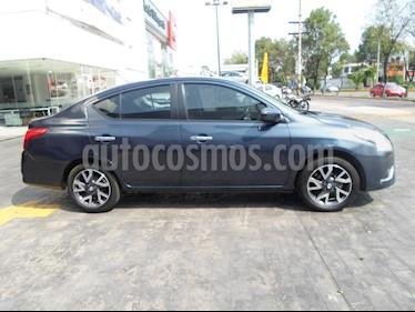 Foto venta Auto Seminuevo Nissan Versa Exclusive Aut (2017) color Azul precio $213,000