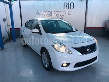 Foto venta Auto usado Nissan Versa Exclusive Aut  (2014) color Blanco precio $138,900