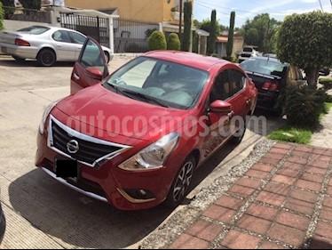 Foto Nissan Versa Exclusive NAVI Aut usado (2015) color Rojo precio $148,000