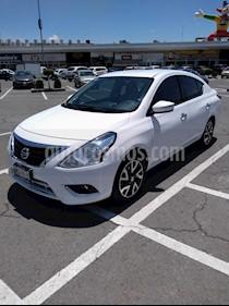 Foto Nissan Versa Exclusive NAVI Aut usado (2016) color Blanco precio $165,000