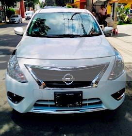 Nissan Versa Exclusive NAVI Aut usado (2019) color Blanco precio $249,900