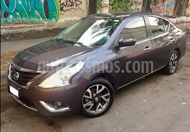 Foto Nissan Versa Exclusive NAVI Aut usado (2015) color Gris Oscuro precio $149,000