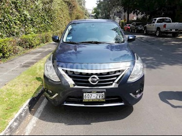 Foto venta Auto usado Nissan Versa Exclusive NAVI Aut (2015) color Azul precio $137,900