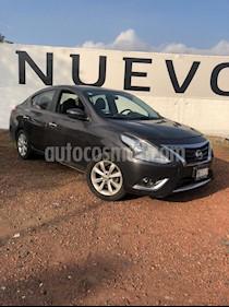 Nissan Versa Exclusive NAVI Aut usado (2016) color Titanio precio $165,000