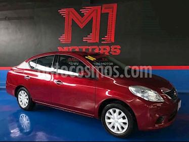 Nissan Versa Sense Aut usado (2014) color Rojo precio $129,900