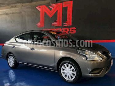 Nissan Versa Sense Aut usado (2015) color Dorado precio $139,900