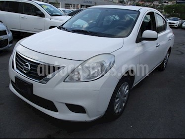 Nissan Versa Sense Aut   usado (2014) color Blanco precio $130,000