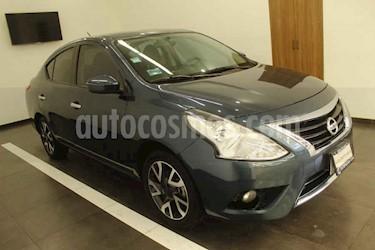 Nissan Versa 4p Exclusive L4/1.6 Aut usado (2017) color Azul precio $184,000