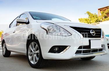 Nissan Versa Advance usado (2018) color Blanco precio $198,000