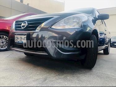Nissan Versa SENSE TM AC usado (2016) color Gris Oscuro precio $138,000