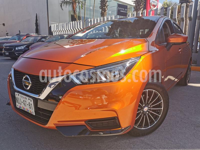 Nissan Versa Sense usado (2020) color Naranja precio $230,000