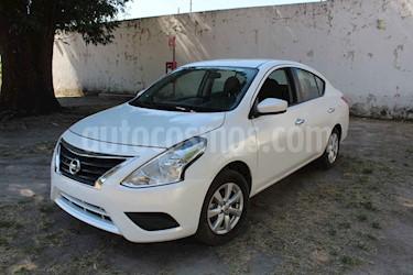 Nissan Versa 4p Sense L4/1.6 Aut usado (2019) color Blanco precio $190,000