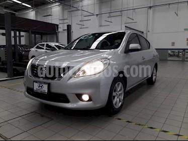 Foto Nissan Versa 4p Advance L4/1.6 Man usado (2012) color Plata precio $105,000