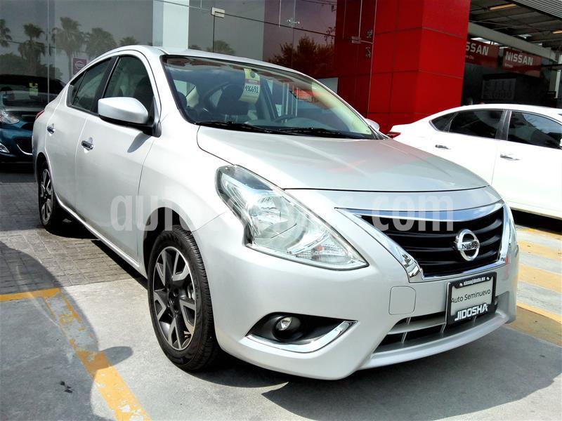 Nissan Versa Advance usado (2019) color Plata precio $237,000