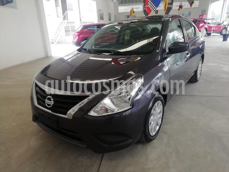 Nissan Versa Sense usado (2017) color Gris Oscuro precio $175,000