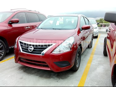 Nissan Versa Sense Aut usado (2019) color Rojo precio $212,000