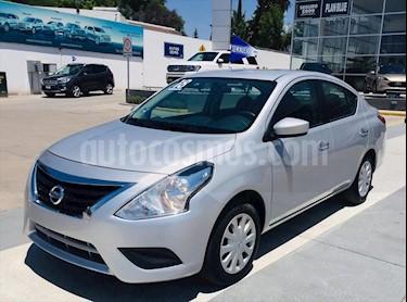 Nissan Versa Sense Aut usado (2018) color Plata precio $165,000