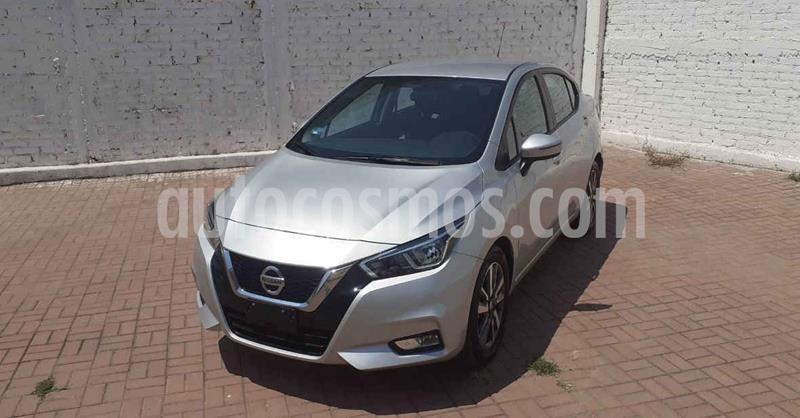 Nissan Versa Advance usado (2020) color Plata Dorado precio $253,900