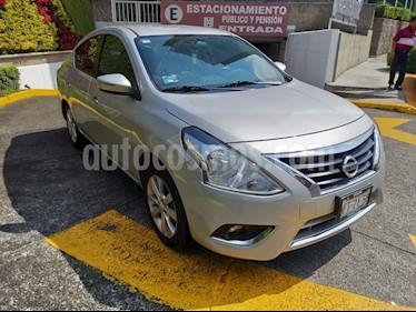Foto Nissan Versa Exclusive NAVI Aut usado (2018) color Plata precio $190,000