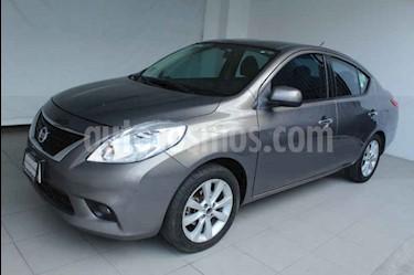 Nissan Versa Exclusive Aut usado (2014) color Gris precio $149,000