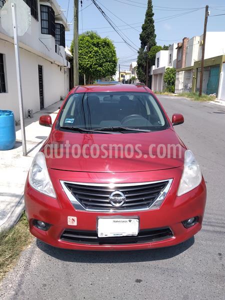 Nissan Versa Advance usado (2013) color Rojo precio $94,900