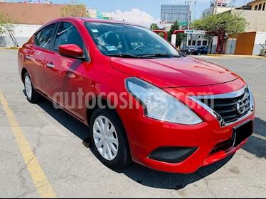 Nissan Versa Sense usado (2015) color Rojo precio $125,000