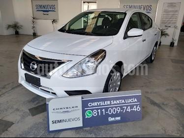 Nissan Versa Sense Aut usado (2017) color Blanco precio $180,000