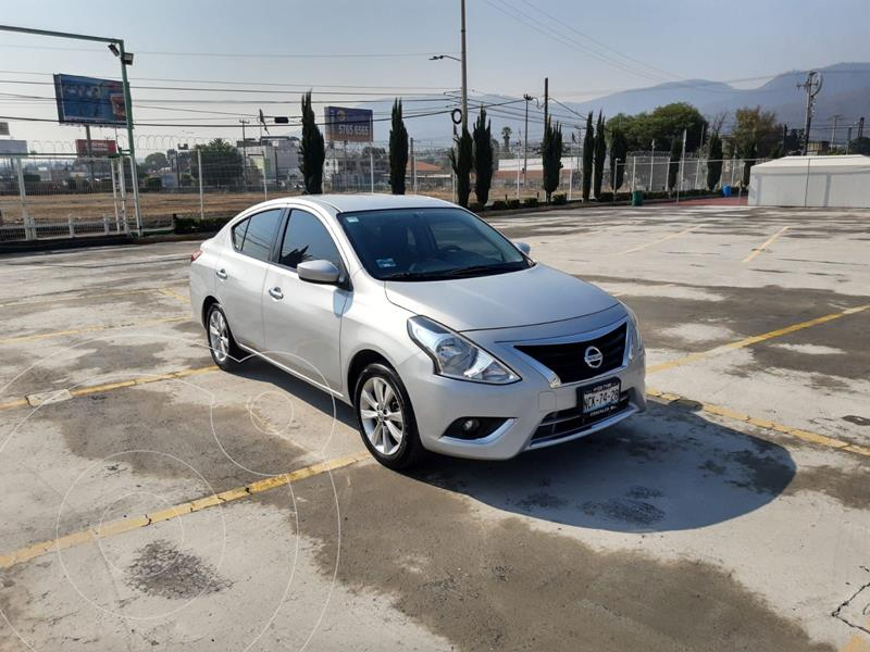 Foto Nissan Versa Advance usado (2017) color Plata Dorado precio $151,900