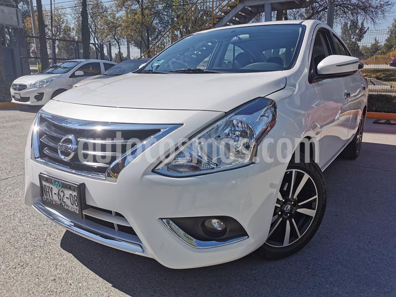 Foto Nissan Versa Exclusive Aut usado (2019) color Blanco precio $238,000