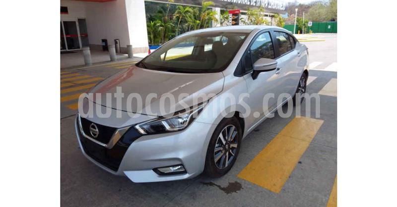 Nissan Versa Advance Aut usado (2020) color Plata precio $249,900