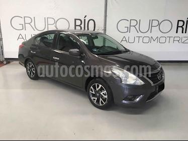 Nissan Versa Exclusive Aut usado (2017) color Gris precio $175,000