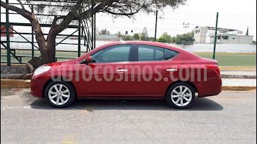 Nissan Versa Exclusive Aut  usado (2014) color Rojo precio $110,000