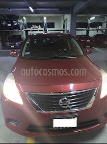 Nissan Versa Sense  usado (2014) color Rojo precio $110,000