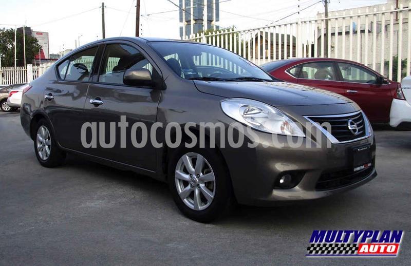Nissan Versa Advance Aut usado (2014) color Dorado precio $129,000