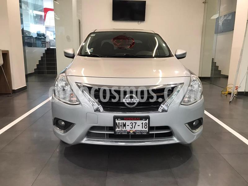 Nissan Versa Exclusive Aut usado (2015) color Plata Dorado precio $165,500