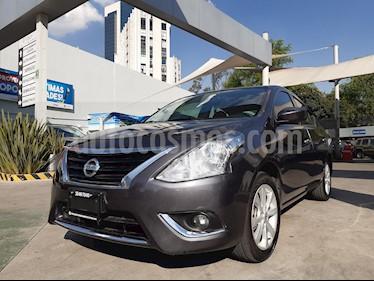 Nissan Versa Advance Aut usado (2018) color Gris Oscuro precio $195,000