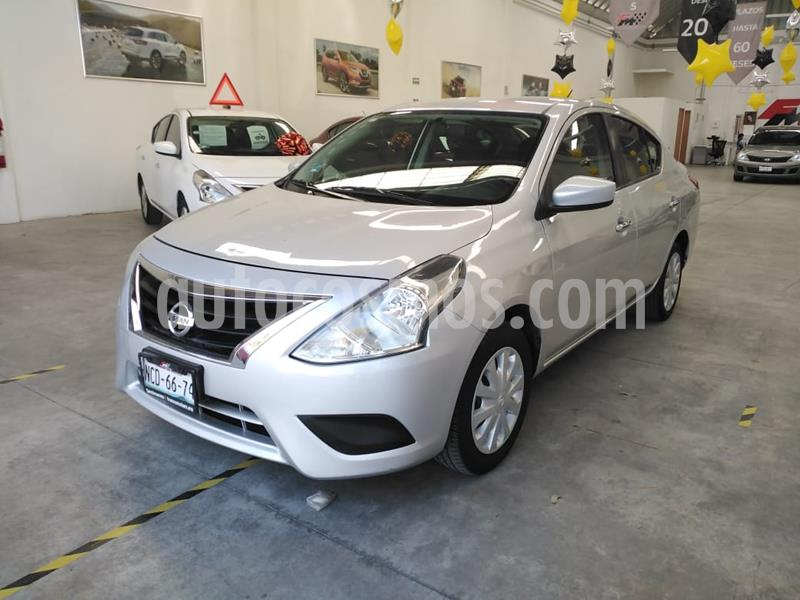 Nissan Versa Sense Aut usado (2018) color Plata precio $185,000