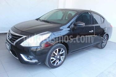 Nissan Versa 4p Exclusive L4/1.6 Aut usado (2016) color Negro precio $165,000