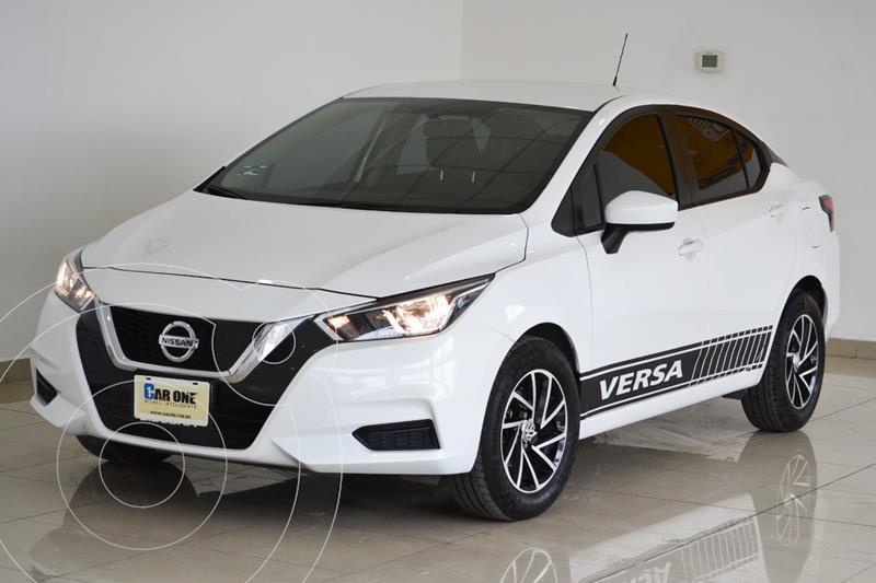 Foto Nissan Versa Sense usado (2020) color Blanco precio $260,000
