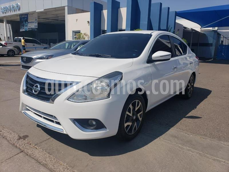 Nissan Versa 4P EXCLUSIVE L4/1.6 AUT usado (2017) color Blanco precio $175,000