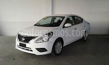 Foto Nissan Versa Sense Aut usado (2018) color Blanco precio $179,000