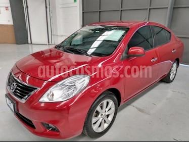 Nissan Versa 4P EXCLUSIVE L4/1.6 AUT usado (2014) color Rojo precio $135,000