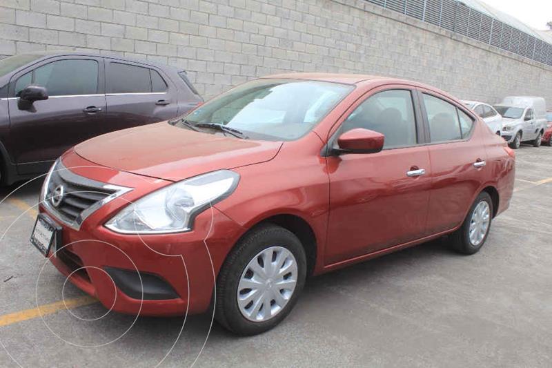 Foto Nissan Versa Sense Aut usado (2017) color Rojo precio $172,000