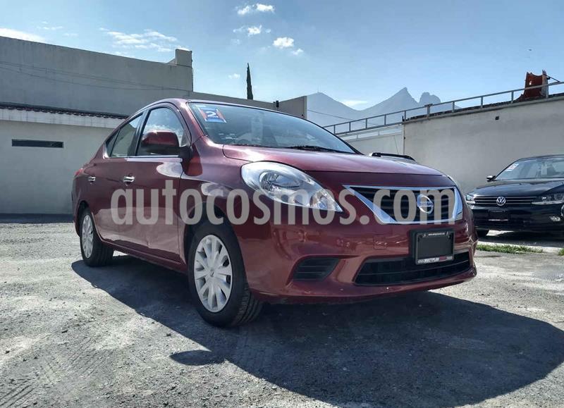 Nissan Versa Sense usado (2014) color Rojo precio $129,000